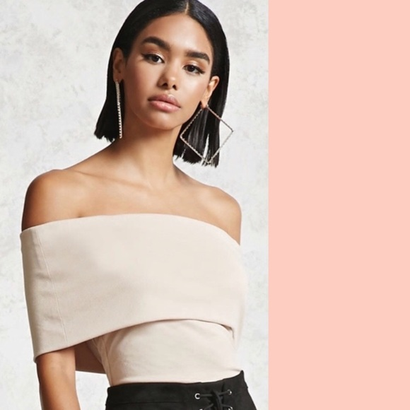 Forever 21 Tops - Nude blush pink off the shoulder top